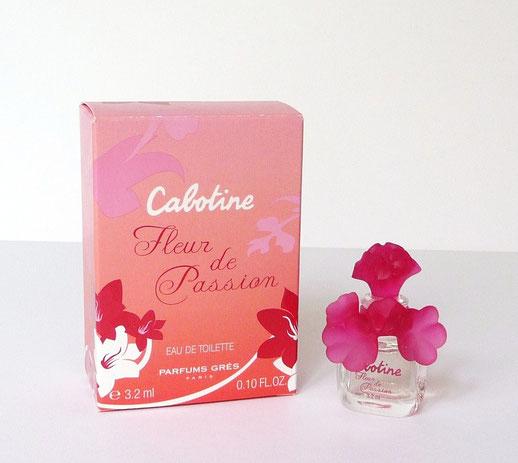 2013 - CABOTINE FLEUR DE PASSION  : BOUCHON FLEUR EN PLASTIQUE ROSE FUSCHIA