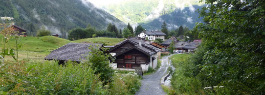Le hameau  de Tré-le-Champ