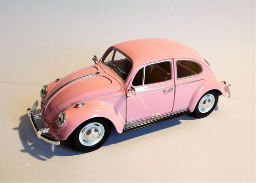 VW Käfer in Pink