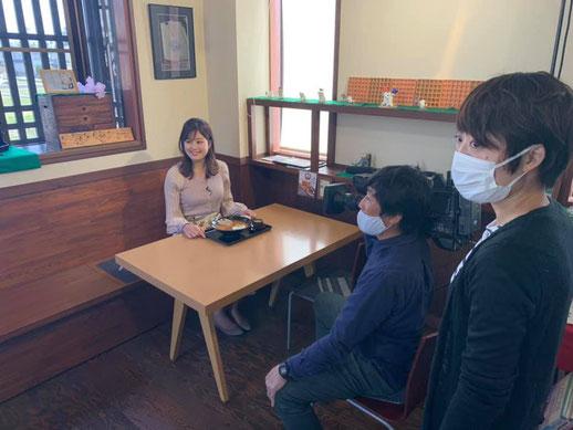食レポ直前の戸田山アナ