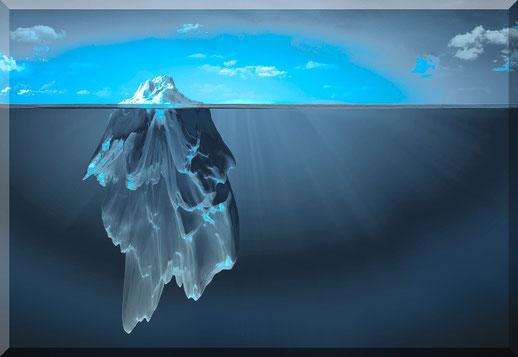 Eisberg- neun zehntel ist unsichtbar