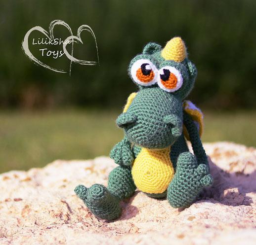 Dragon Crochet Patterns - AmVaBe Crochet   497x518