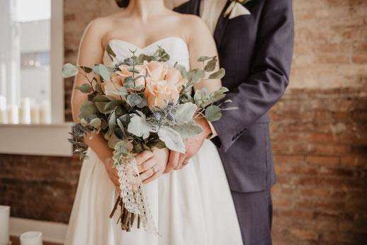 Hochzeitsstyling, Brautstyling, Styling für den perfekten Tag, Brautkleid, Hochzeitsanzug