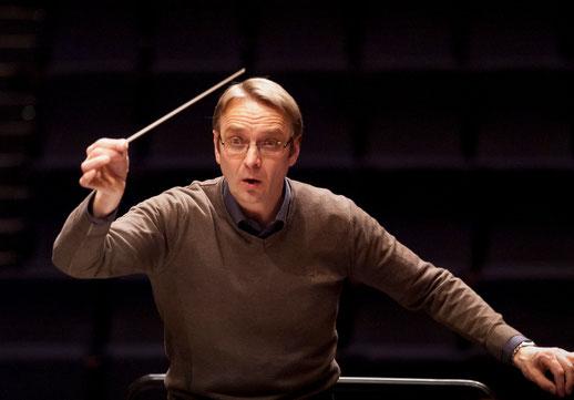 Stefan Merkelbach, seit 2000 Dirigent der Wormer Kantorei