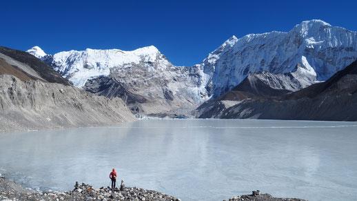 Lac Imja Tso ; Népal. Culture Maxime Lelièvre
