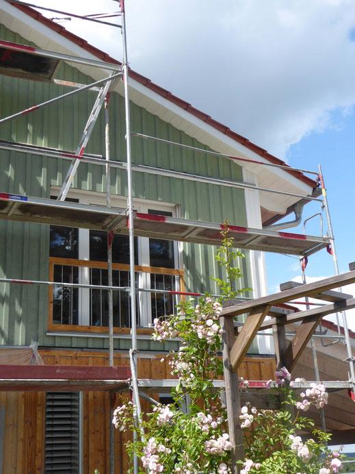 KUNDENPROJEKT Holzhausfassade mit Leinölfarbe von Allbäck