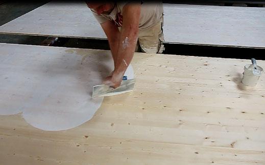 Allbäck Leinölwachs vom Leinfarbenhof auf Dachinnenplatten