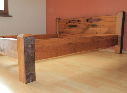 Bett aus Massivholz auf Mass