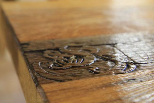 Esstische aus Altholz
