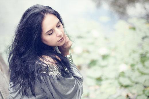 Portrait-Portraifotografie-Frau-Mächen-Gesicht-Fotografie-Romantik