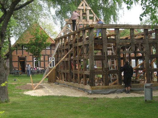 Wiederaufbau des restaurierten Spiekers