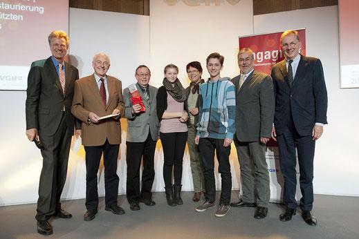 """Unser Verein erhielt 2011 den """"Niedersachsenpreises für Bürgerengagement"""" als Würdigung der freiwilligen Arbeit für den Denkmalschutz und den Betrieb des Kultur-Cafés als """"Ort der Begegnung""""."""