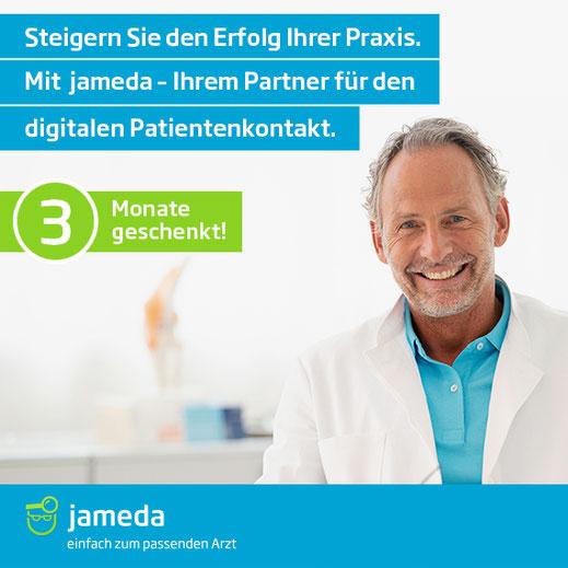 Lächelnder Arzt