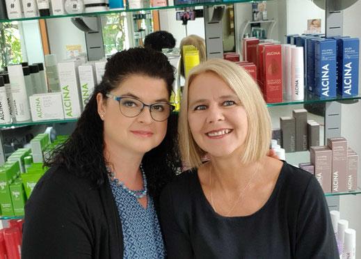 links: Sabine Rufer, hinten: Tanja Sitter, rechts:  Yvonne Frutig, vorne: Irene Müller