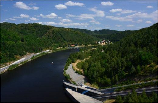 Talsperre Kamyk in Tschechien - Moldau