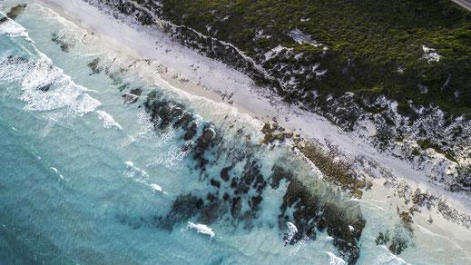 Strand, Wellen, natürliche Inhaltsstoffe