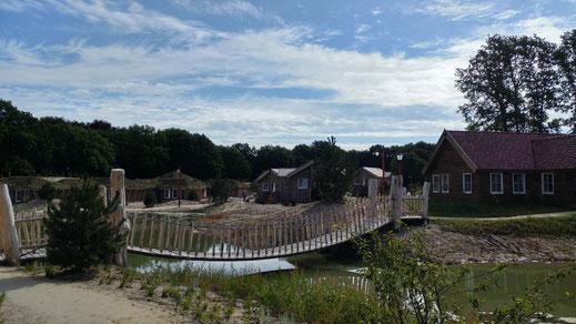 Loonsche Land, Sommer, Efteling, Brücke, Ferienpark