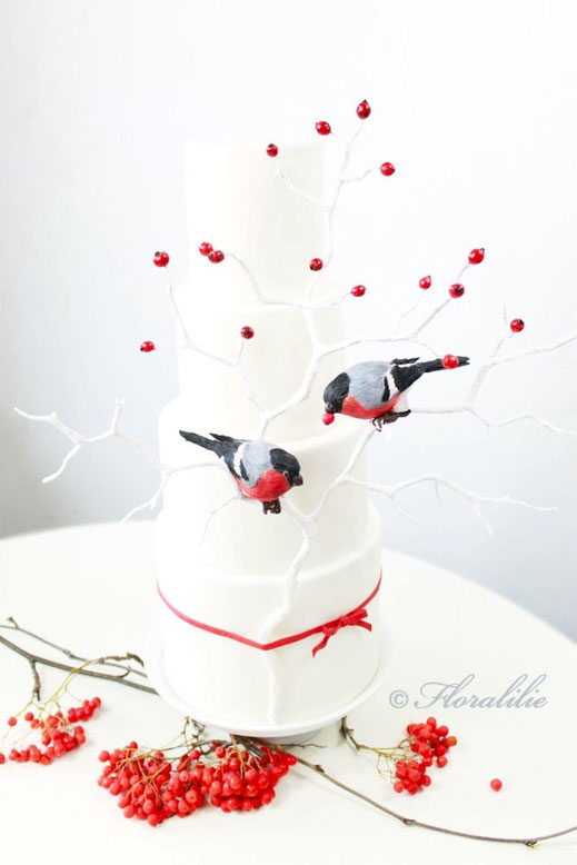 Holiday Wedding Birds | Floralilie Sugar Art