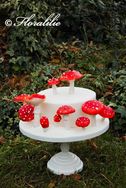 Fliegenpilz Torte | Floralilie Sugar Art