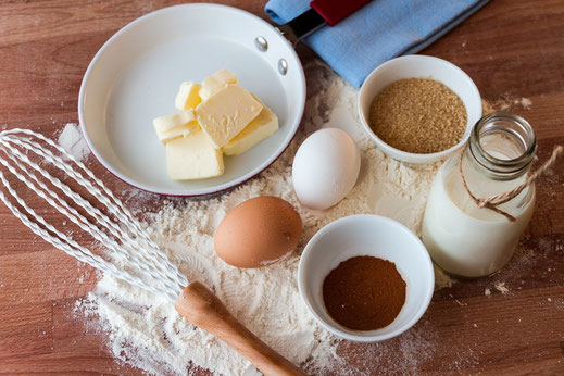 Préparation de gâteaux chez Ma Boulangerie Café