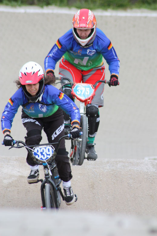 Yasmina Ben Haj (vorne im Bild) konnte sich am ersten Renntag in Bispingen durchsetzen und erfuhr sich den zweiten Platz in der Tageswertung.
