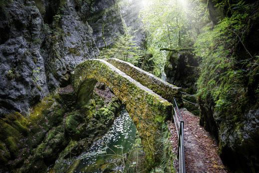 Steinbogenbrücke bei Saut de Brot