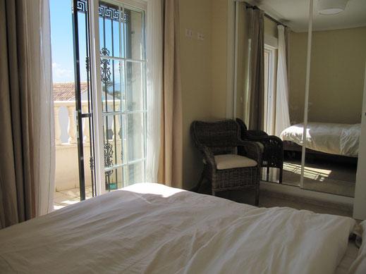 Master slaapkamer met terras Villa Casa del Lago