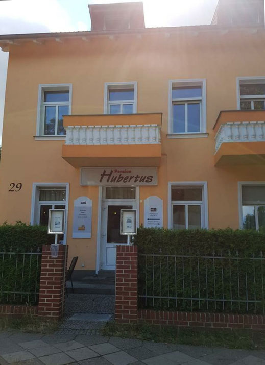 Pension Hubertus Berlin Frontansicht
