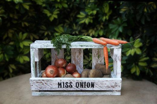 Verdulero de madera de palé Miss Onion. Repuntomadera.