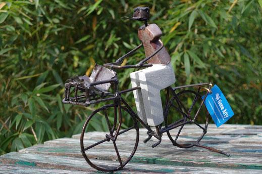 Postman auf Rad Figur Fair trade,Fair gehandelte Kunst