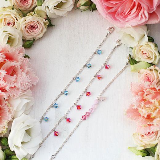handgemachte versilberte Armbänder mit Swarovski Perlen, aus der Frühjahrskollektion, im Ibiza Boho Style, aus Köln, EVAMARIA jewelry, Bettelarmband, trendig und modern