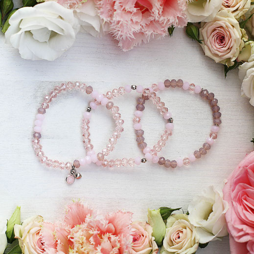 handgemachte Armbänder aus Glasperlen in rosa, perfekt für den Frühling, aus der Frühjahrskollektion, pastell Farben und Töne, aus Köln, EVAMARIA jewelry, Kombination