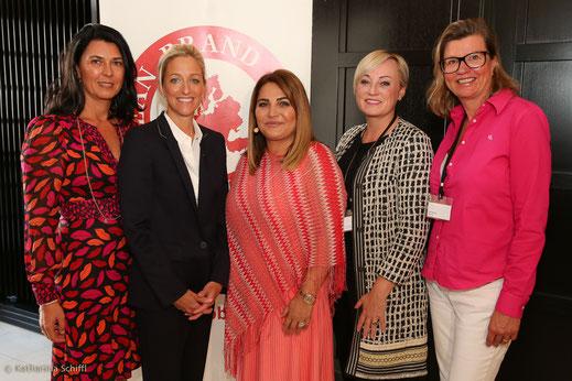 Women Leadership Forum 2016_Mag. Renate Altenhofer, Women Leadership Forum; H.E. Alexa Wesner, US Ambassador; Jasmin Taylor, JT Touristik; Dr. Kristin Hanusch-Linser, ÖBB; Anett Hanck, Heute