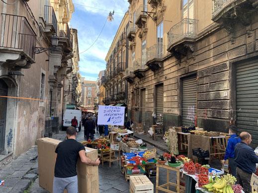 Italien, Sizilien, Gassen, Markt, Catania, Sehenswürdigkeit, Obst, Gemüse, 1 Euro