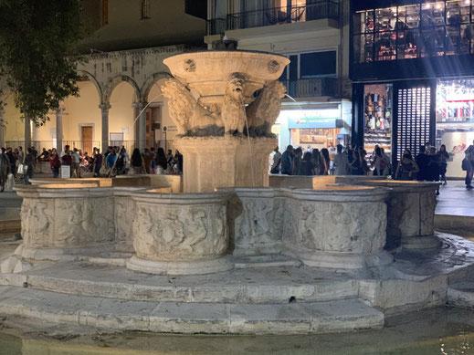 Griechenland, Kreta, Sehenswürdigkeit, Reisebericht, highlight, Urlaub, Heraklion, Löwenbrunnen, Zentrum