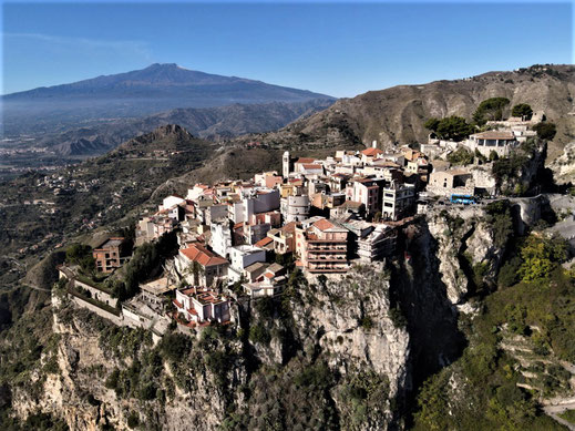 Italien, Sizilien, Sehenswürdigkeit, Taormina, Castelmola, Serpentine, Ätna