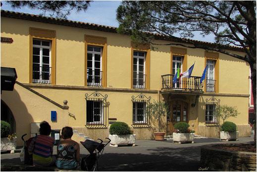 """La """"Maison Communale"""""""