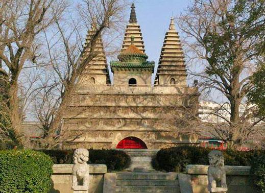 北京の真覚寺・金剛宝座式塔