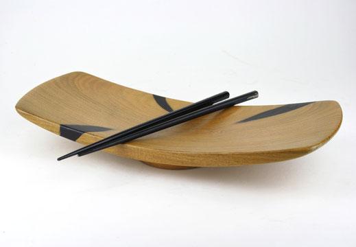 Plat à sushi en bois