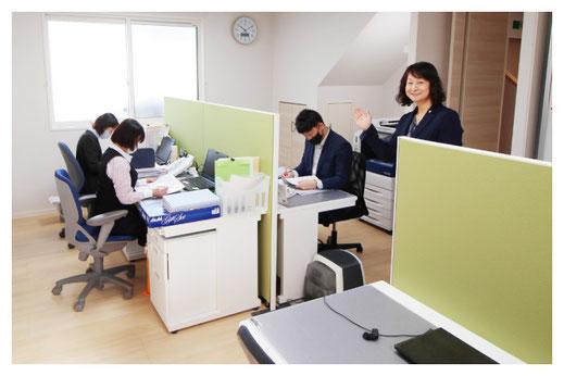 事務所内の様子|相続税の節税に強い「新潟駅南 相続手続き代行プラザ」