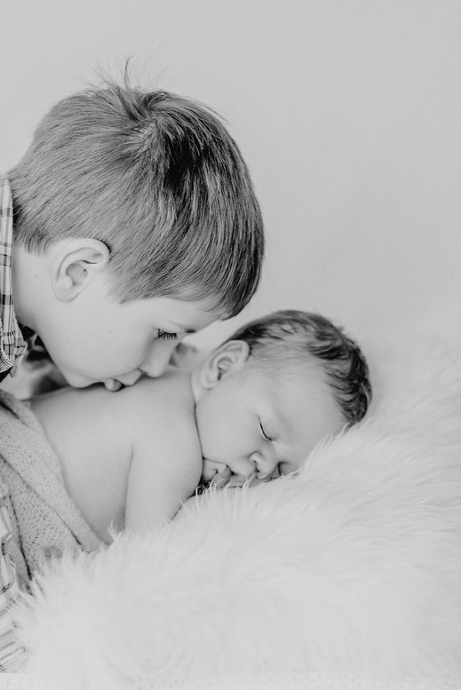 Babyfotos Babyfotograf Kiel Neugeborenenfotografie Baby Fotograf Kiel Hochzeitsfotografin Kiel Maren Pokroppa Fehmarn