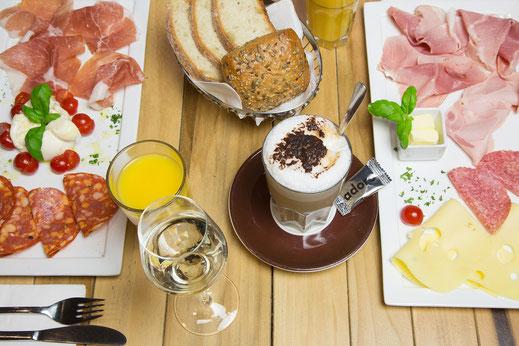 Das gusto Frühstück für 2 Personen im adoro gusto in Kirchheim-Teck