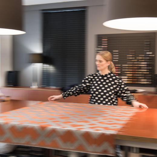 Textilien sind die Leidenschaft von Stoffwerk Tanja Fleiner, hier entstehen ihre Vorhänge, Bankauflagen, Schiffspolster etc.