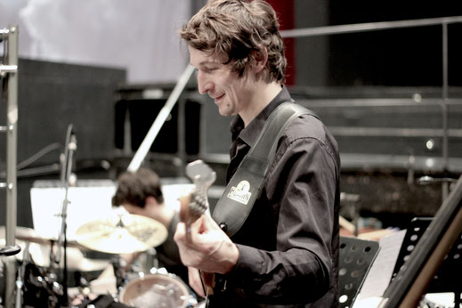 Florian Rynkowski (E-Bass)