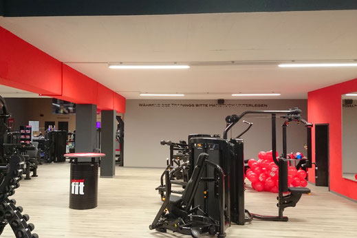 Architektur Umbau Fitness Studio Rustikal Modern Clever Fit Schwandorf