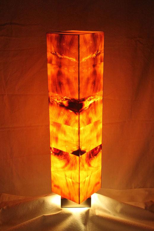 Zirbenholzlampe 56x12x12cm von vorne