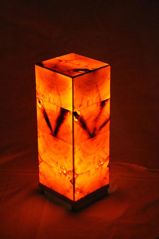 Zirbenholzlampe 29x12x12cm von vorne