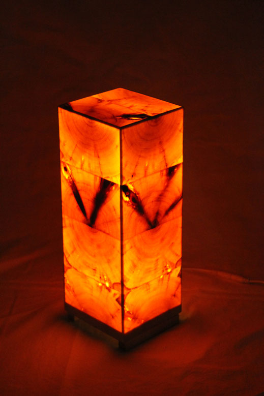 Zirbenholzlampe  34x12x12cm von vorne