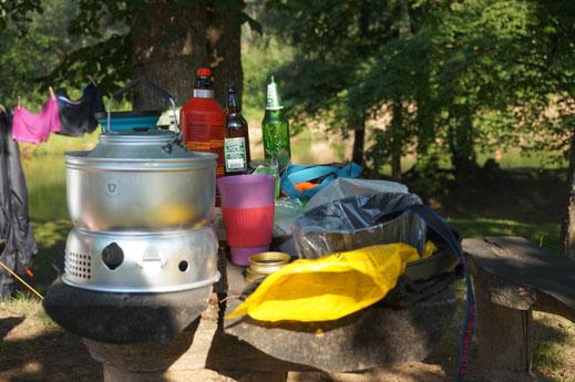 Koch Utensilien für die Weltreise