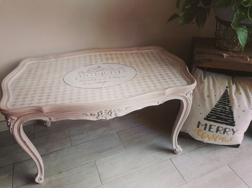 relooking de meubles le mans sarthe table basse antiquité beige pochoirs